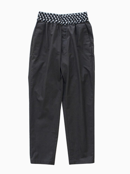 Honor gathering Cotton Gabardin Pants (Black)