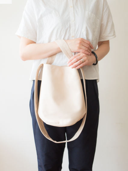 TIDI DAY SHOULDER BAG S (Nude)