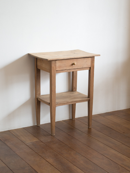 Small Table  (France)